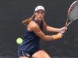 Luisa Stefani se destaca e é premiada em sua primeira temporada na NCAA