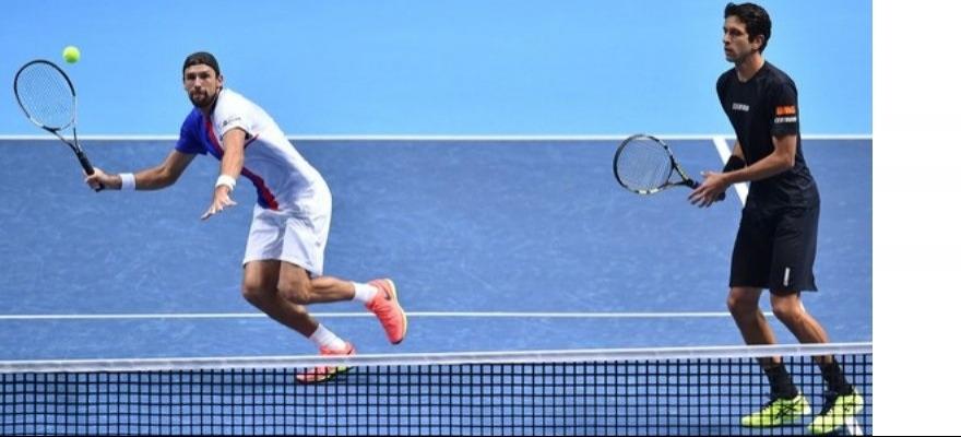 Melo e Kubot estão na final do ATP 250 de Sidney