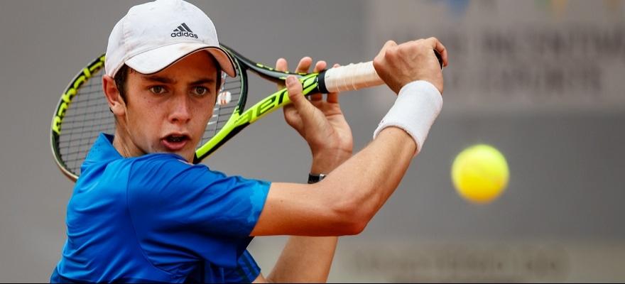 Brasileiros iniciam campanha na chave juvenil do Australian Open