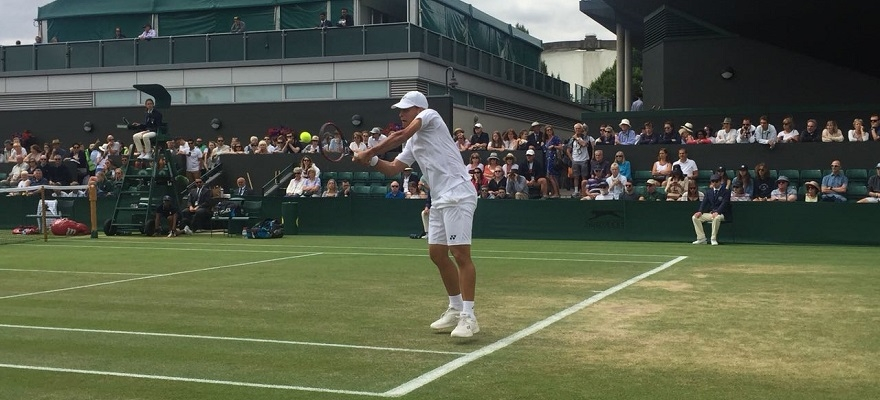 Klier vence mais uma e avança às oitavas em Wimbledon