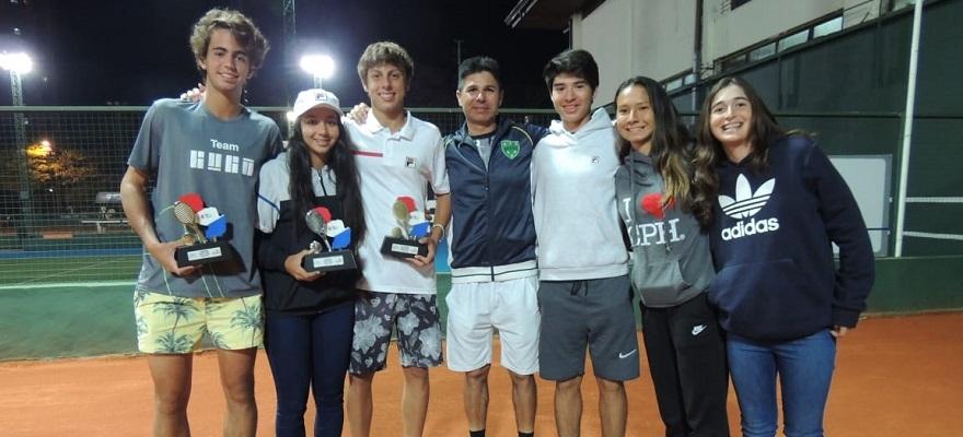 João Loureiro é campeão no Masters Cosat, em Assunção, nos 16 anos