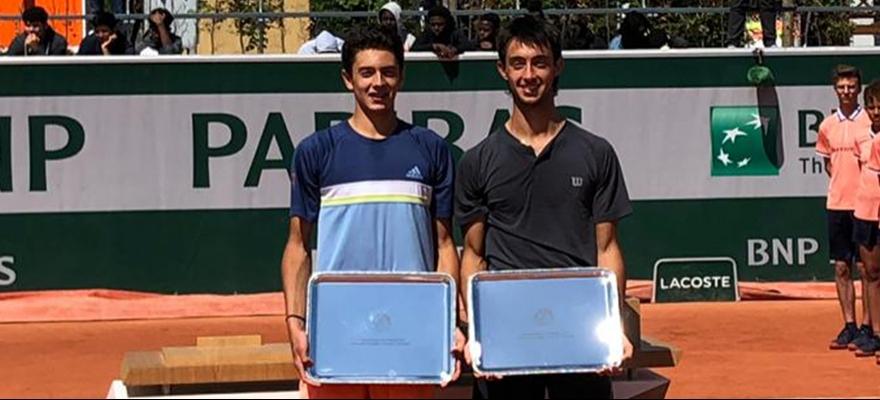 Matheus Pucinelli é campeão nas duplas do Roland-Garros Júnior